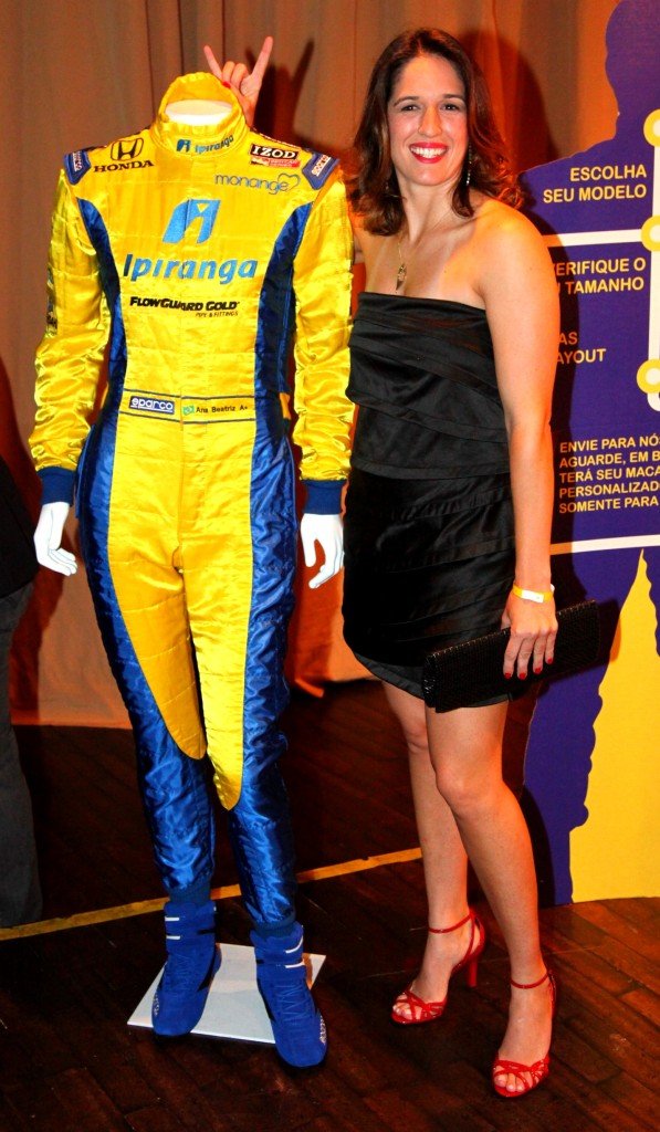 Photo of Bia the Brazilian IndyCar Driver