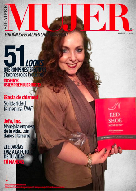 Participants at the Third RSM Leadership Development program  got a chance to be on the Siempre Mujer cover!