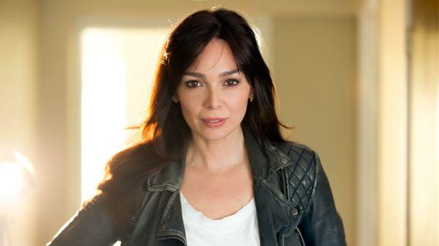 Elaine Del Valle Headshot