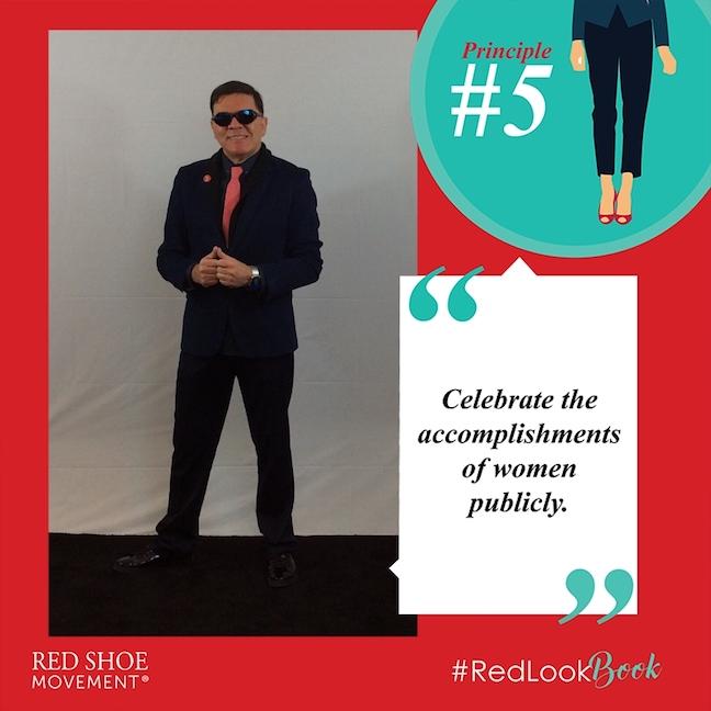 Gustavo Carvajal at #RedLookBookGustavo Carvajal at #RedLookBook