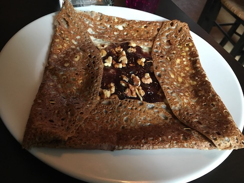 """Since I discovered galettes (crepes made with buckwheat) I've become obsessed with repeating a particular flavor combination I love! The best place yet? """"La petit bretonne"""" in Paris!"""