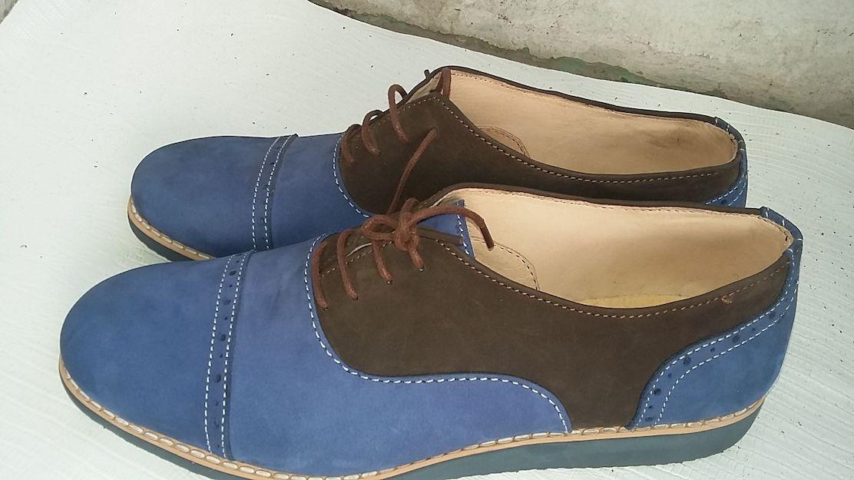 Shoemaking in Nigeria by a female entrepreneur